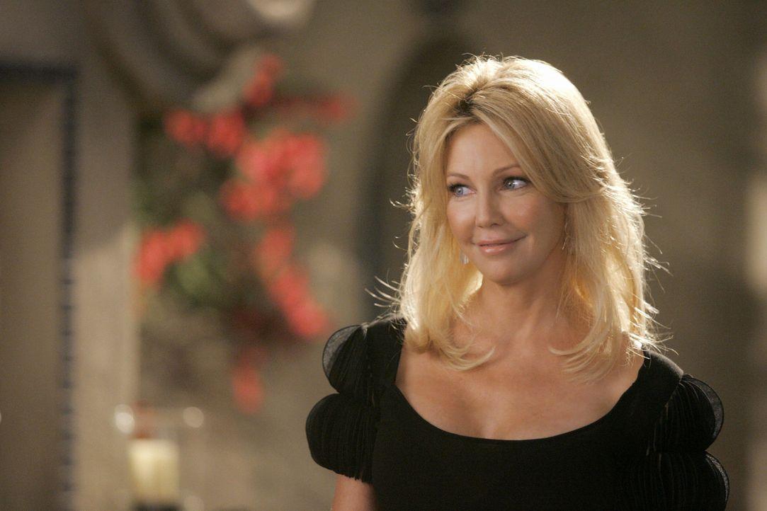 Amanda (Heather Locklear) wollte eigentlich nie wieder nach L.A. kommen. Was hat sie wohl dazu gebracht, ihre Meinung zu ändern? - Bildquelle: 2009 The CW Network, LLC. All rights reserved.