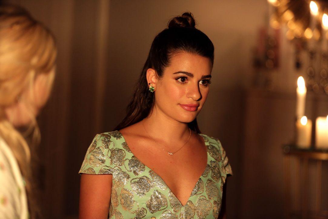 Hester (Lea Michele) bietet sich eine Chance, #3 und #5 dazu zu bringen, sich gegen Chanel zu wenden. Doch dann kommt alles ganz anders ... - Bildquelle: 2015 Fox and its related entities.  All rights reserved.
