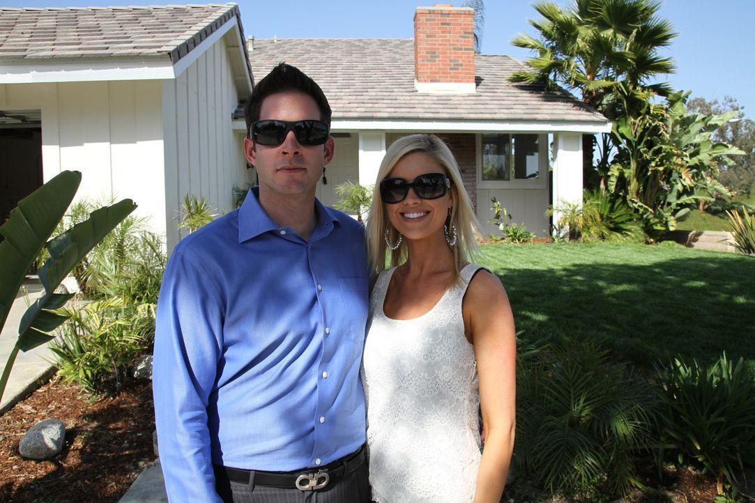Christina (r.) und Tarek (l.) El Moussa kaufen preiswert Häuser auf. Sie stecken all ihre Energie in die Renovierung und Sanierung und hoffen anschl... - Bildquelle: 2012, HGTV/Scripps Networks, LLC. All Rights Reserved