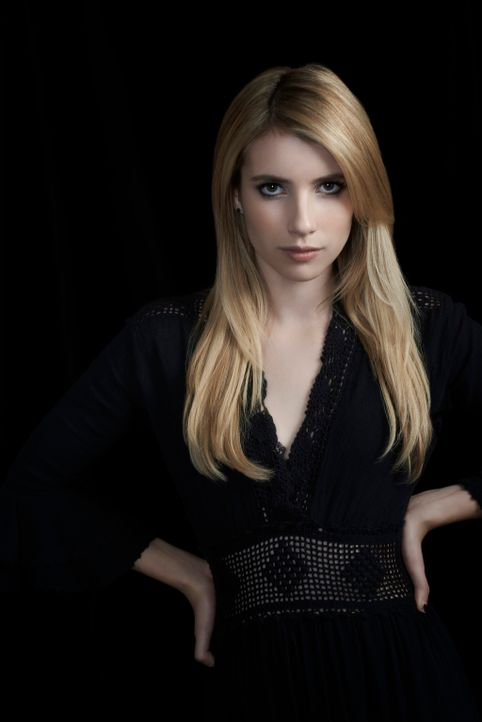 (3. Staffel) - Seit sie dem Hexenzirkel angehört, kann Madison Montgomery (Emma Roberts) ihre Kräfte weiter ausbauen. Doch nicht alle Hexen sind ihr... - Bildquelle: 2013-2014 Fox and its related entities. All rights reserved.