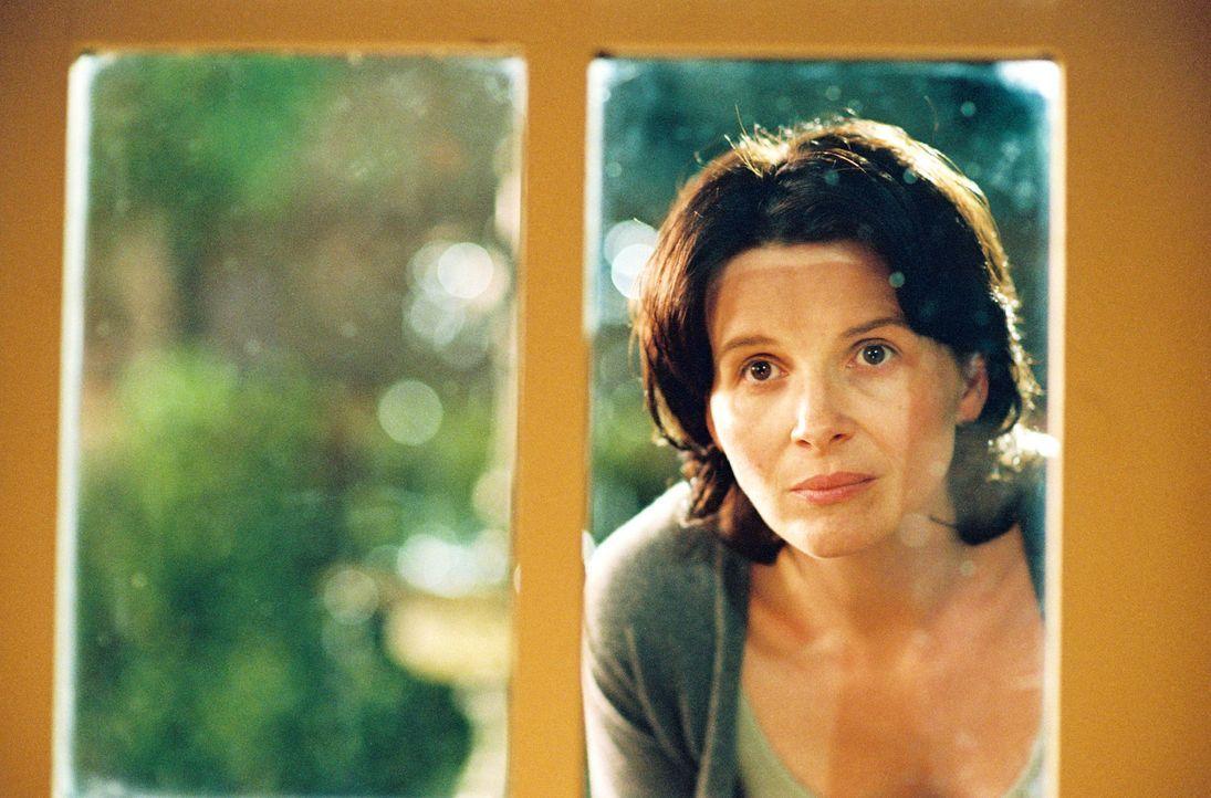 Die depressive Miriam Naumann (Juliette Binoche) beunruhigt die plötzliche, enge Verbindung zwischen ihrem Mann und ihrer Tochter - und wird an lä... - Bildquelle: Copyright   2005 Twentieth Century Fox