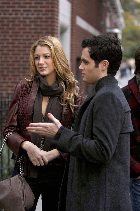 Als Lexi ein Auge auf Dan (Penn Badgley, r.) wirft, ist Serena (Blake Lively, l.) völlig verwirrt über ihre Gefühle zu ihm ... - Bildquelle: Warner Brothers