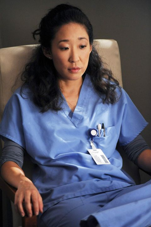 Nach und nach merkt Cristina (Sandra Oh), dass sie Burke und die Herausforderungen in der Kardiologie vermisst ... - Bildquelle: Touchstone Television