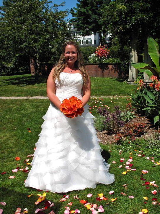 Kämpft um den Titel und die Hochzeitsreise: Deanna ... - Bildquelle: Richard Vagg DCL