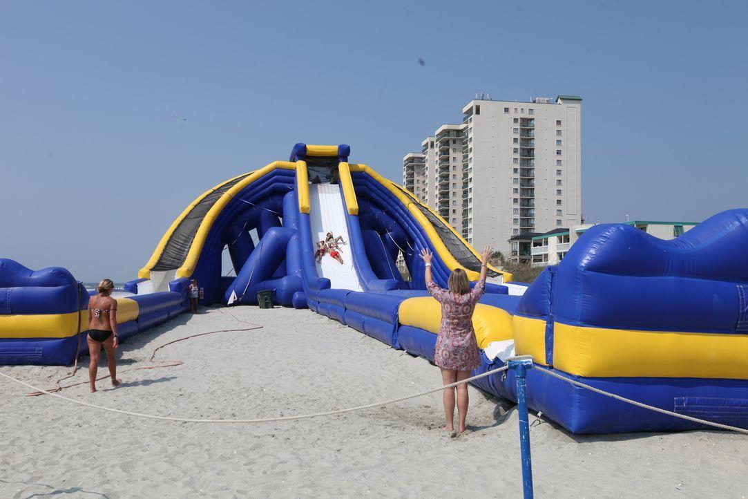 Blanche und Chris träumen von einem Haus direkt an der Atlantikküste South Carolinas. Wird ihr Budget ausreichen, um sich diesen Strandtraum für ihr... - Bildquelle: 2013,HGTV/Scripps Networks, LLC. All Rights Reserved