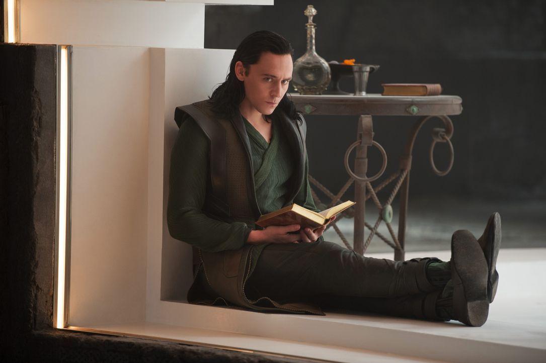 Loki kommt frei - Bildquelle: TM & © 2013 Marvel & Subs
