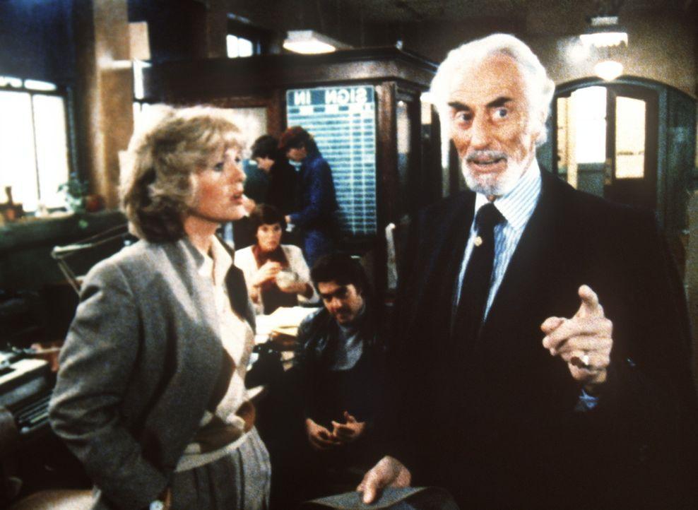 Albert Grand (Ferdinand Mayne, r.) scheint Cagney (Sharon Gless) an der Nase herumzuführen. - Bildquelle: ORION PICTURES CORPORATION. ALL RIGHTS RESERVED.