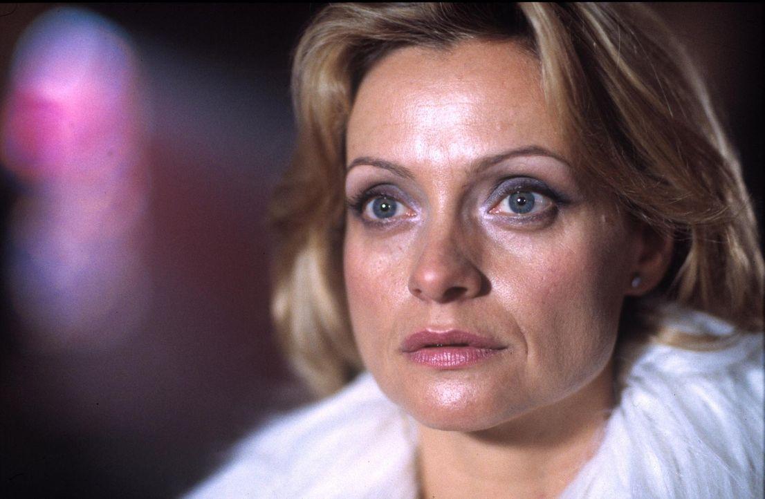 Großmeisterin Lucrezia Saintclair (Catherine Flemming) will nur eines: den Heiligen Gral, um die Unsterblichkeit zu erlangen. Da erinnert sie sich i... - Bildquelle: ProSieben ProSieben