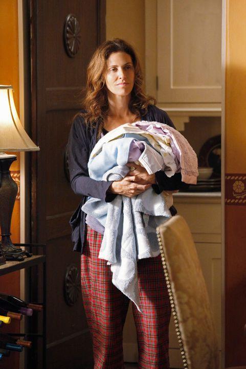 Violet (Amy Brenneman) ist schwer traumatisiert und kann sich ihrem Baby gefühlsmäßig nur schwer annähern ... - Bildquelle: ABC Studios