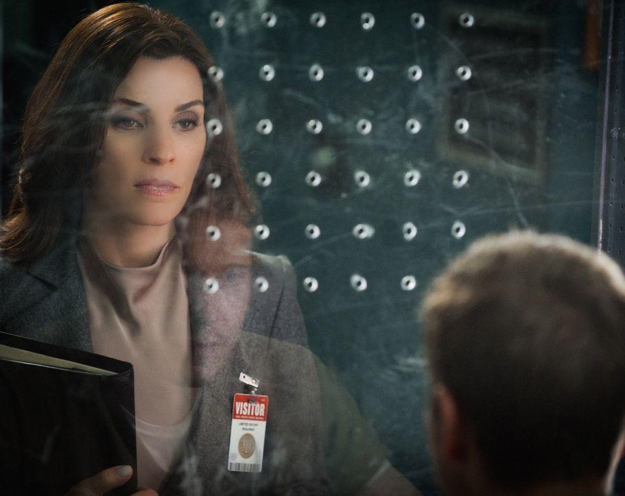 Wenn Alicia (Julianna Margulies) einen der größten Klienten der Firma nicht vom Gehen abhalten kann, rutscht die Kanzlei in große Schwierigkeiten ..... - Bildquelle: Jeff Neumann 2014 CBS Broadcasting Inc. All Rights Reserved.