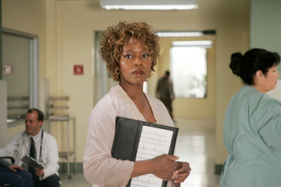Was hat Betty Applewhite (Alfre Woodard) vor? - Bildquelle: 2005 Touchstone Television  All Rights Reserved