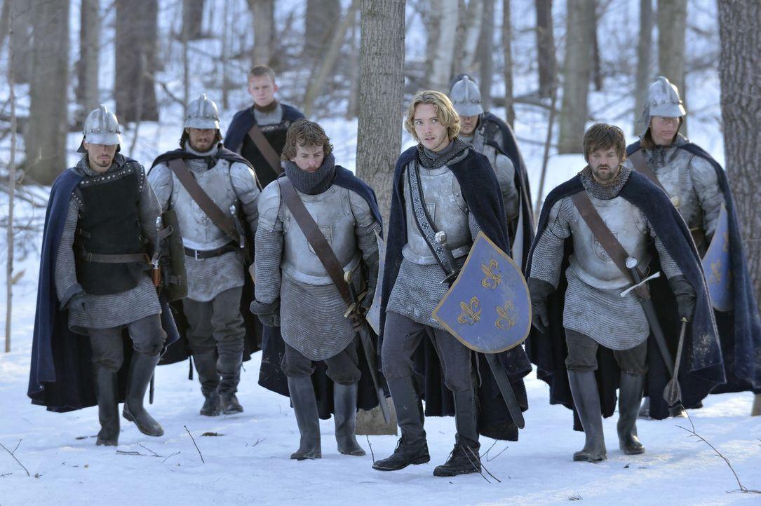 Francis im Kampf gegen England  - Bildquelle: 2013 The CW Network, LLC. All rights reserved.