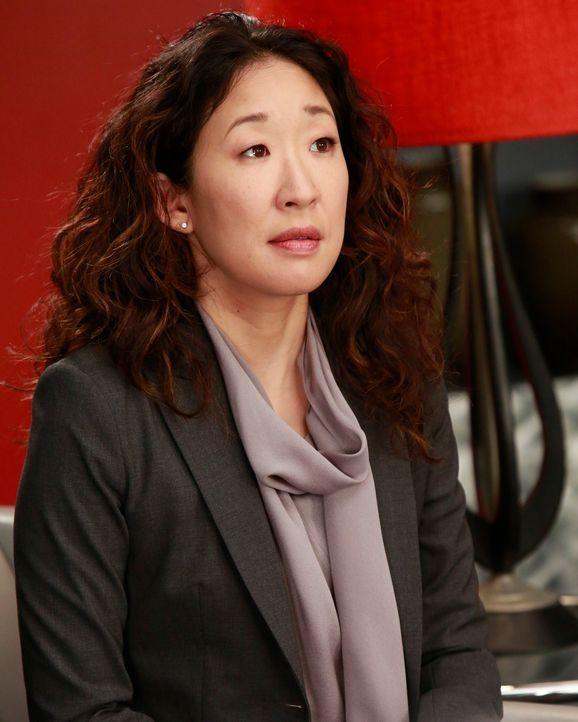 Dr. Cristina Yang (Sandra Oh) ist eine wahnsinnig strebsame Ärztin und geht lieber auf Nummer sicher. Bei ihrem Freund Dr. Owen Hunt fühlt sie sich... - Bildquelle: ABC Studios