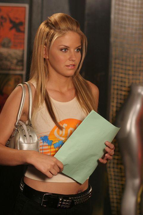 Kennt Jess (Nikki Griffin) den Jungen der ihr die Drogen gegeben hat? - Bildquelle: Warner Bros. Television