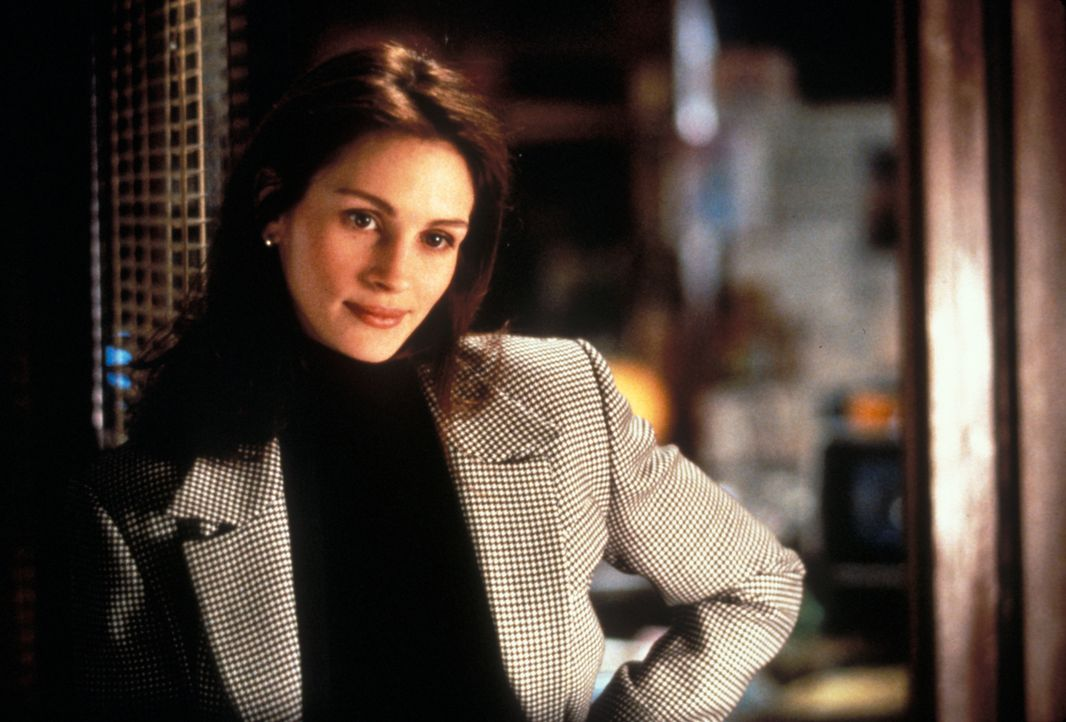 Als ein mysteriöses Zugunglück in der Nähe von Chicago geschieht, macht sich die junge, ehrgeizige Reporterin Sabrina Peterson (Julia Roberts) daran... - Bildquelle: Peter Sorel Touchstone Pictures. All Rights Reserved.