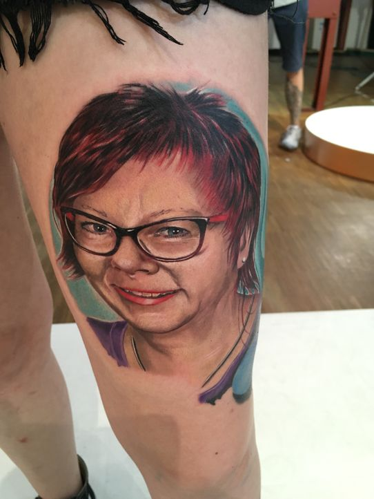 Pain & Fame Tattoos Folge 3 - 16 - Bildquelle: RedSeven
