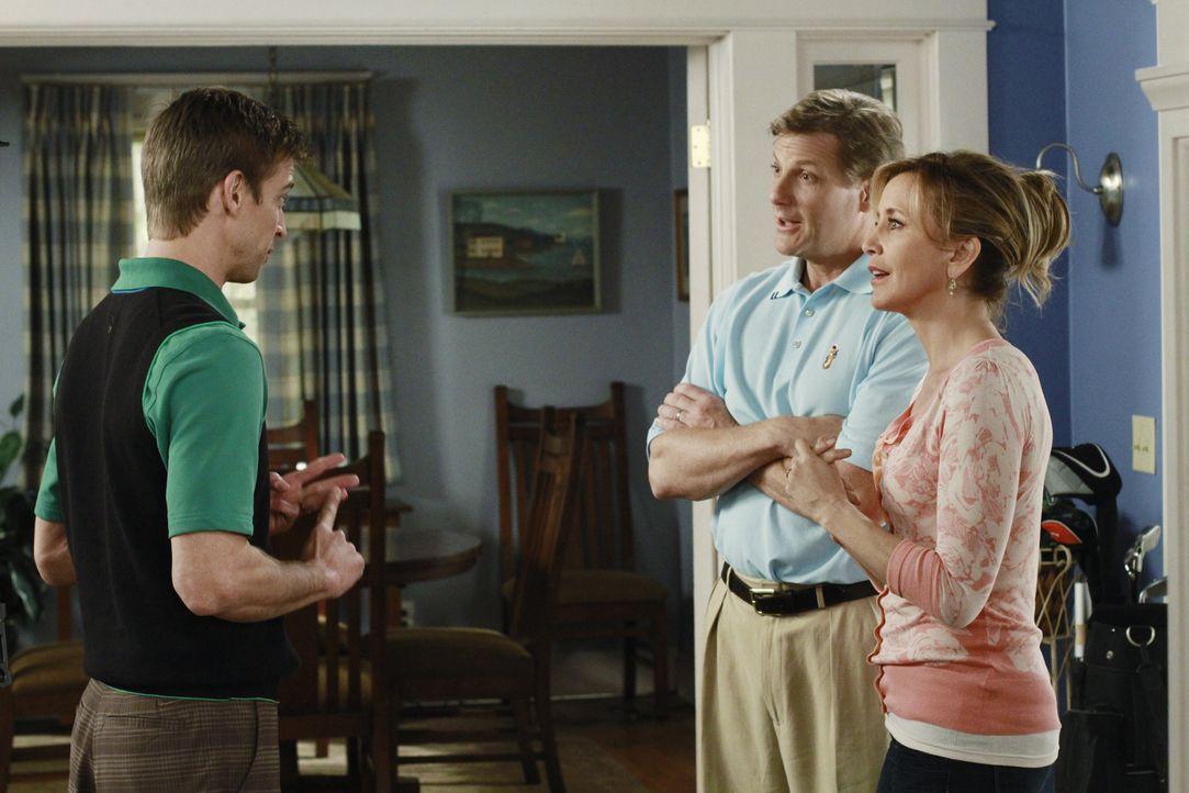 Während sich die schockierende Nachricht von Beths Selbstmord wie ein Lauffeuer verbreitet, erhält Tom (Doug Savant, M.) von Glenn Morris (Ron Melen... - Bildquelle: ABC Studios