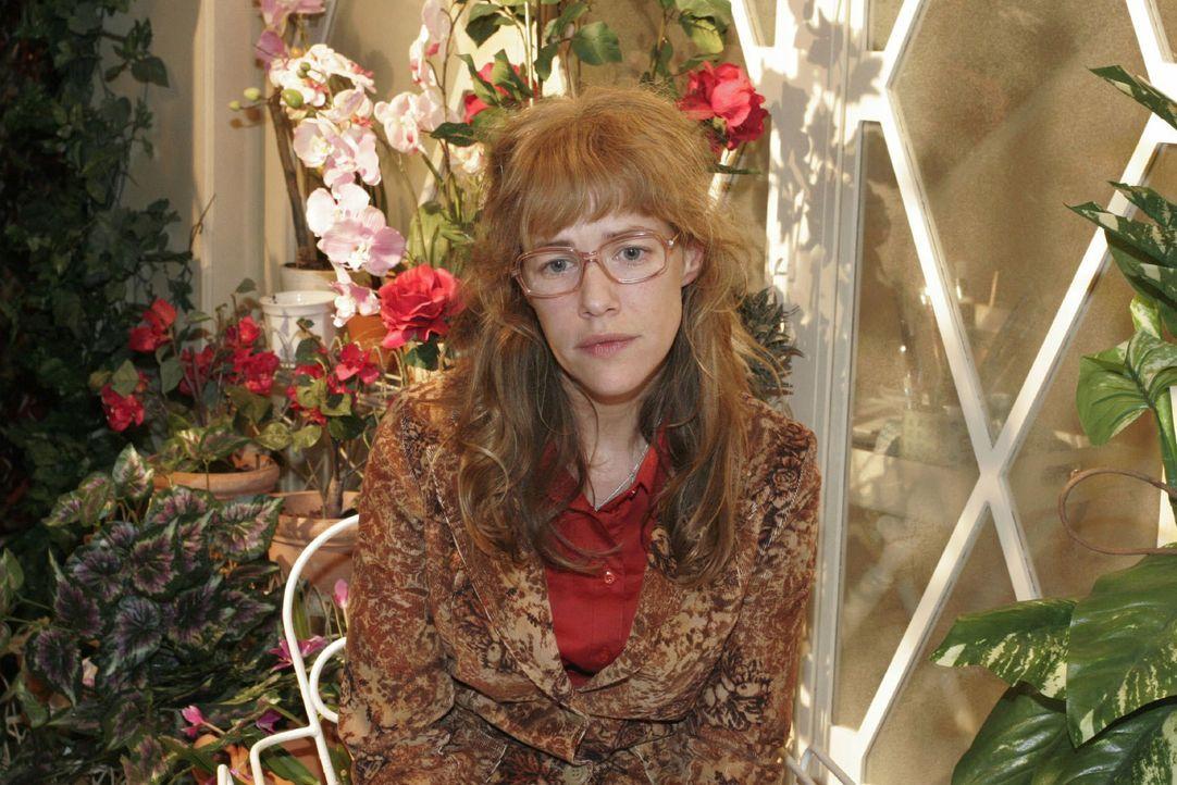 Lisa (Alexandra Neldel) versinkt in trüben Gedanken ... (Dieses Foto von Alexandra Neldel darf nur in Zusammenhang mit der Berichterstattung über di... - Bildquelle: Noreen Flynn SAT.1 / Noreen Flynn