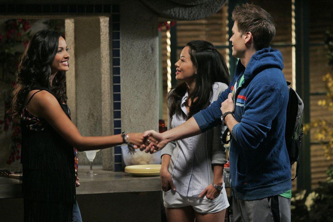 Ein neuer Bewohner im Melrose Place - klingt nach der perfekten Ablenkung gegen Rileys Liebeskummer ... (v.l.n.r.) Riley (Jessica Lucas), Lauren (St... - Bildquelle: 2009 The CW Network, LLC. All rights reserved.