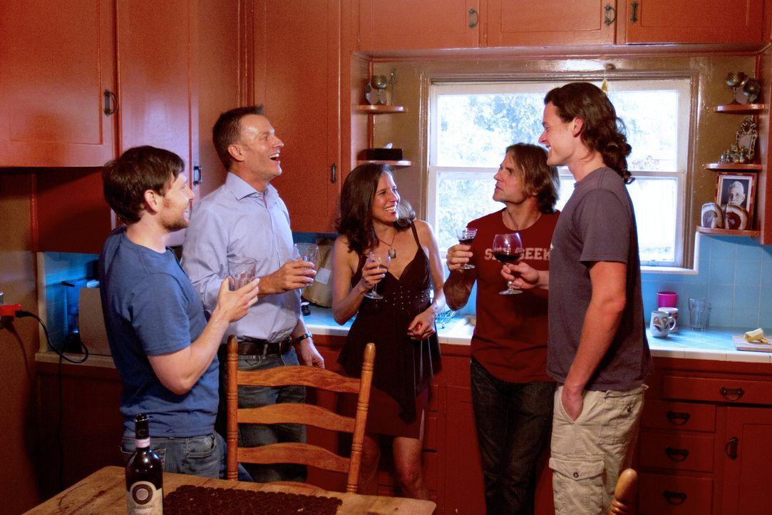 Eine spannende Zeit wartet auf Tahl (l.), Christian (2.v.l.), Kamala (M.), Michael (2.v.r.) und Jason (r.) ... - Bildquelle: Showtime Networks Inc. All rights reserved.