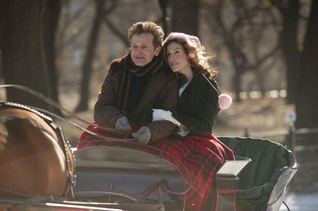 Carrie (Sarah Jessica Parker, r.) wird klar, dass ihr Leben in seiner bisherigen Form in Manhattan nicht weitergehen wird und beschließt deshalb, m... - Bildquelle: Paramount Pictures