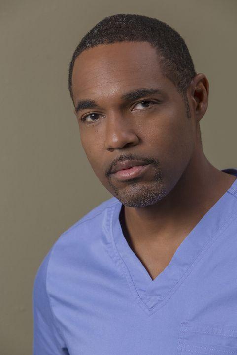 (12. Staffel) - Immer im Kampf auf Leben und Tod: Dr. Ben Warren (Jason George) ... - Bildquelle: Ron Batzdorff ABC Studios