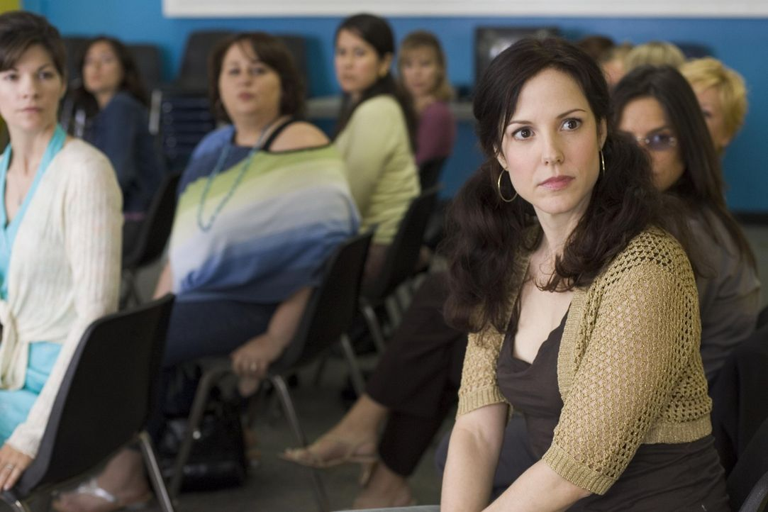 Wird von den anderen Müttern in der Schule gemieden: Nancy (Mary-Louise Parker, r.) ... - Bildquelle: Lions Gate Television