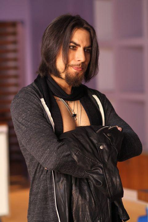 Die Mädels treffen bei Brookes Junggesellinnenabschied den Rockstar Dave Navarro (Dave Navarro) und können sich nicht einmal daran erinnern ... - Bildquelle: Warner Bros. Pictures