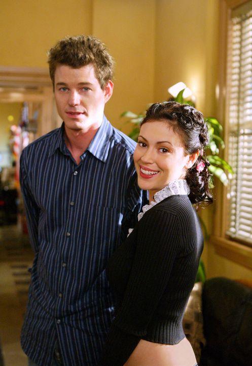 Trotz gegenseitiger Sympathie, lehnt Phoebe (Alyssa Milano, r.) eine gemeinsame Nacht mit ihrem Chef (Eric Dane, l.) ab ... - Bildquelle: Paramount International Television