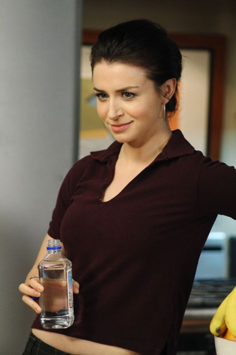 Ein stressiger Arbeitstag wartet auf Amelia (Caterina Scorsone) ... - Bildquelle: ABC Studios