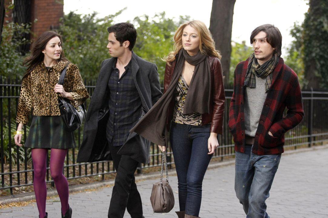 Der Snowflake Ball findet statt und alle sorgen sich um ihr Date: Dan (Penn Badgley, 2.v.l.), Serena (Blake Lively, 2.v.r.), Lexie (Natalie Kemp, l.... - Bildquelle: Warner Brothers