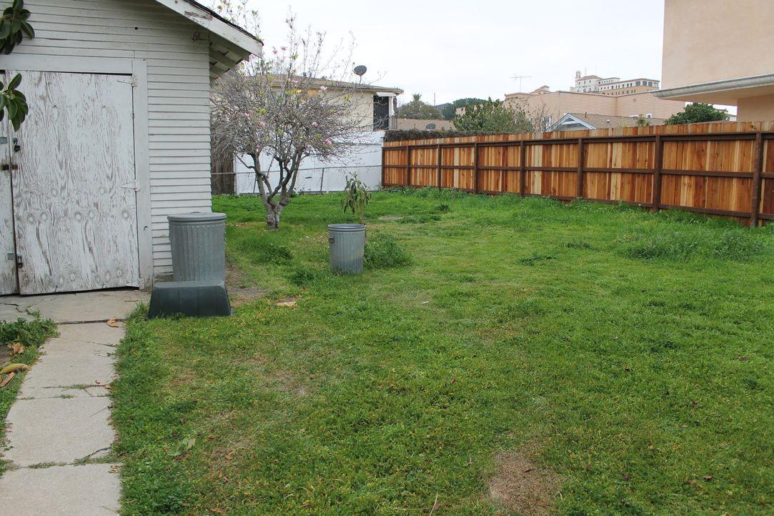 Nachdem Peter und Leah voller Stolz ihr Fachwerkhaus hergerichtet haben, soll nun auch endlich der Garten einen neunen Glanz bekommen und Sara weiß... - Bildquelle: 2013, DIY Network/Scripps Networks, L.L.C. All rights Reserved