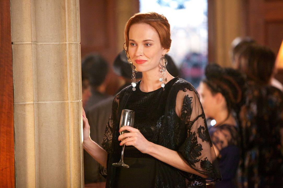 Genevieve gewinnt an Macht - Bildquelle: Warner Bros.Entertainment Inc.