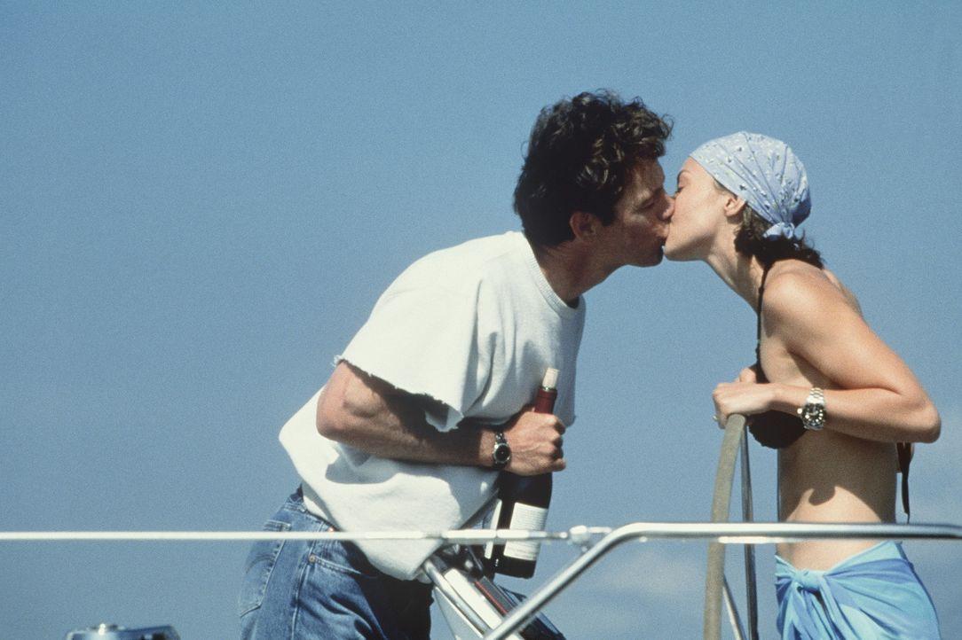 Noch ist alles in bester Ordnung: Nick (Bruce Greenwood, l.) und seine attraktive Frau Libby (Ashley Judd, r.) ... - Bildquelle: Paramount Pictures