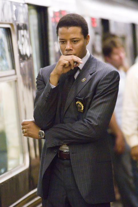 Schlagzeilen über einen anonymen Rächer halten New York in Atem. Die Indizien führen Detective Sean Mercer (Terrence Howard) jedoch nicht zu einem g... - Bildquelle: Warner Bros.