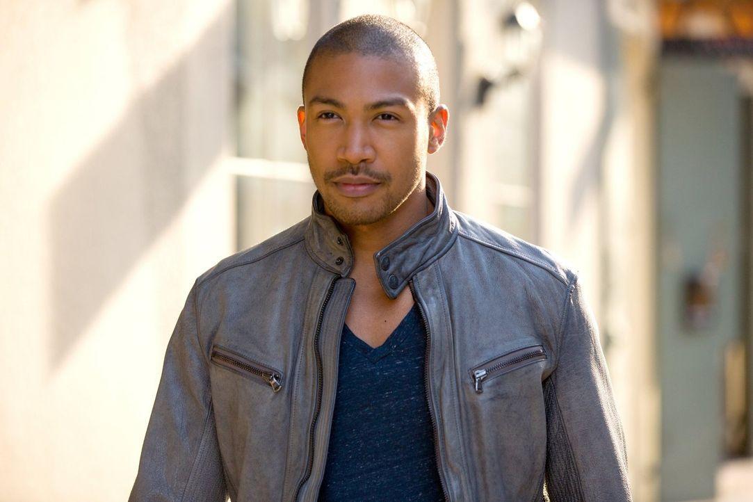 Die Informationen, die Taylor ihm geben konnte, bringen Marcel (Charles Davis) dazu, einen Kampf zu planen ... - Bildquelle: Warner Bros. Television