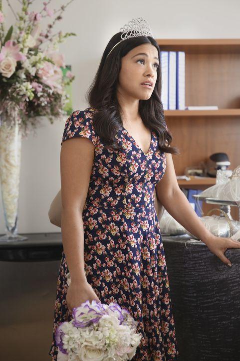 Muss sich den Konsequenzen ihrer Junggesellinnenparty stellen: Jane (Gina Rodriguez) ... - Bildquelle: Patrick Wymore 2016 The CW Network, LLC. All rights reserved.