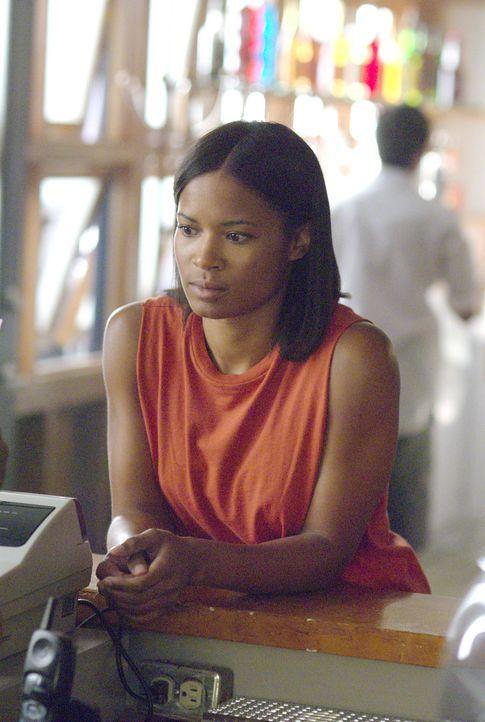 Tasha (Rose Rollins) leidet sehr unter dem Prozess gegen sie... - Bildquelle: Metro-Goldwyn-Mayer Studios Inc. All Rights Reserved.