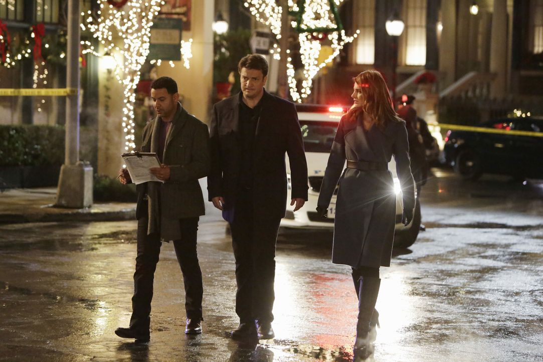 Als Dr. Eric Mercer auf offener Straße angeschossen wird, entdecken Castle (Nathan Fillion, M.), Beckett (Stana Katic, r.) und Esposito (Jon Huertas... - Bildquelle: ABC Studios