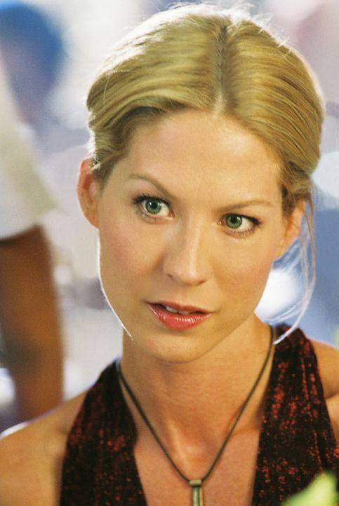Lügt sie? Ellena Roberts (Jenna Elfman, r.) behauptet, lediglich eine kurze, aber heftige Affäre mit dem verheirateten David Stillman gehabt zu ha... - Bildquelle: TM &   2006 CBS Studios Inc. All Rights Reserved.