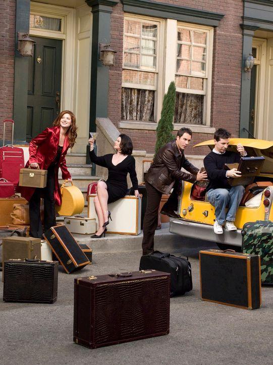 Die Koffer werden gepackt: Will (Eric McCormack, 2.v.r.), Grace (Debra Messing, l.), Jack (Sean Hayes, r.) und Karen (Megan Mullally, 2.v.l.) gehen... - Bildquelle: NBC Productions