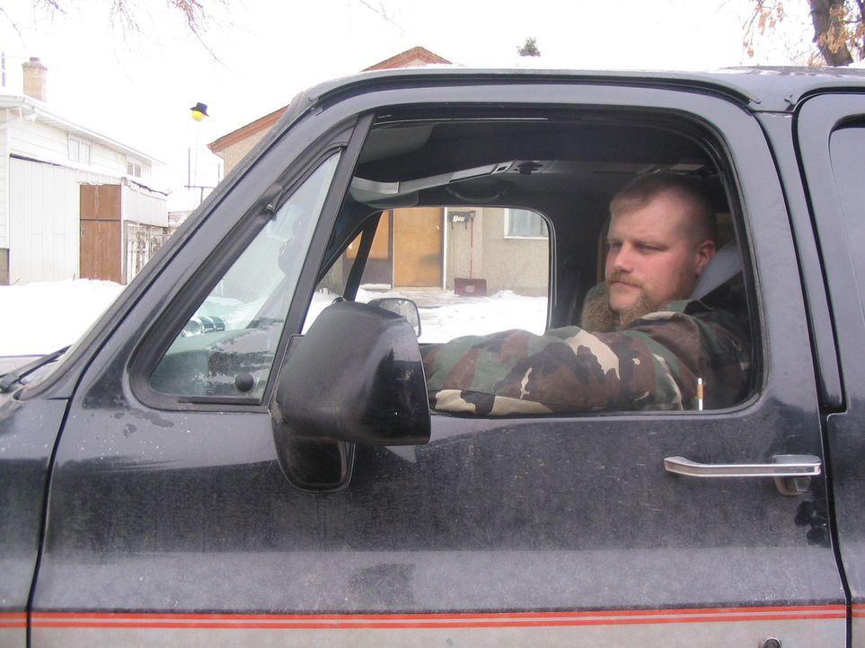 Im Internet ist Mike Grefer auf ein lukratives Jobangebot als LKW - Fahrer in Kanada gestoßen und hat sich dort beworben … - Bildquelle: kabel eins