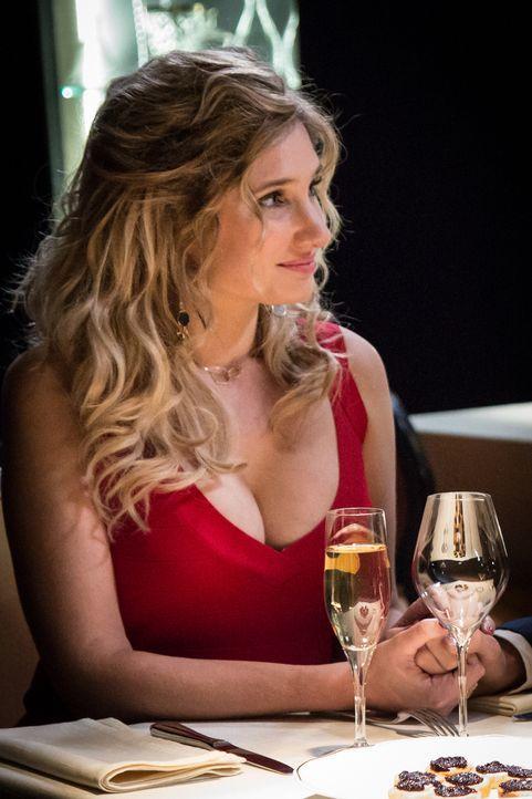 Jessica (Diane Dassigny) - Bildquelle: Eloïse Legay 2018 BEAUBOURG AUDIOVISUEL / TF1