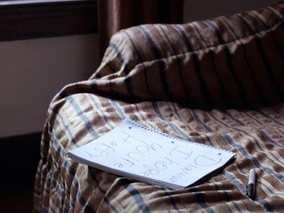 Kann diese handgeschriebene Notiz Ermittler Joe Kenda und seinem Team helfen, den Mörder zu finden? - Bildquelle: Jupiter Entertainment