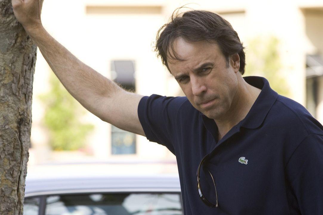 Douglas Wilson (Kevin Nealon) ist Nancys bester Kunde ... - Bildquelle: Lions Gate Televison