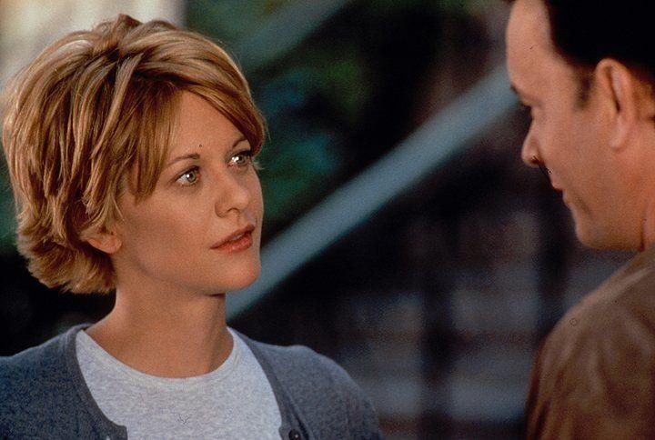 Sie hat ihn in einem Chat kennengelernt und sich auf Anhieb mit ihm bombig verstanden. Was Kathleen (Meg Ryan, r.) jedoch nicht weiß, ist, dass ihr... - Bildquelle: Warner Bros. Pictures