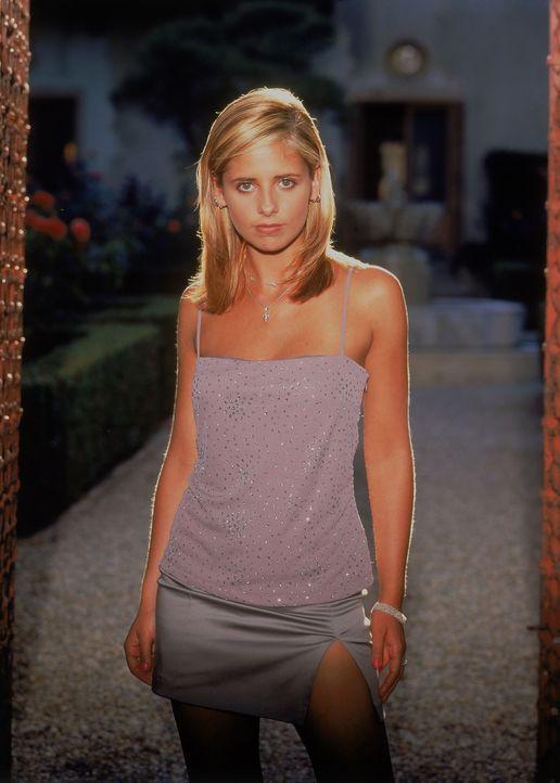 (3. Staffel) - Die hübsche Buffy (Sarah Michelle Gellar) hat eine schwere Aufgabe: Als Vampirjägerin ist sie dazu bestimmt, die Welt vor den bösen M... - Bildquelle: (1999) Twentieth Century Fox Film Corporation.