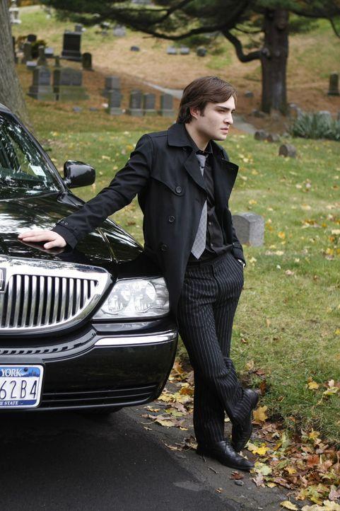 Eine plötzliche Tragödie stellt das Leben von Chuck (Ed Westwick) völlig auf den Kopf ... - Bildquelle: Warner Brothers