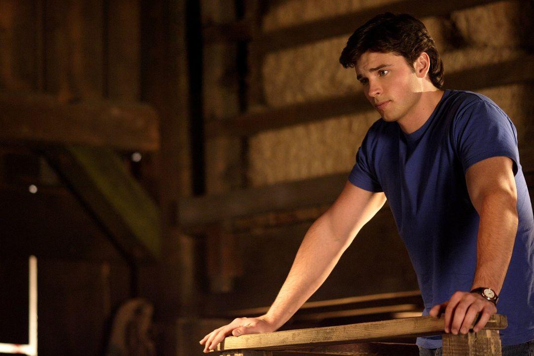Lionel Luthor hat Clark (Tom Welling) eiskalt erwischt. Aus einem Gefängnis mit Kryptonit-Stangen kann er nicht entfliehen ... - Bildquelle: Warner Bros.