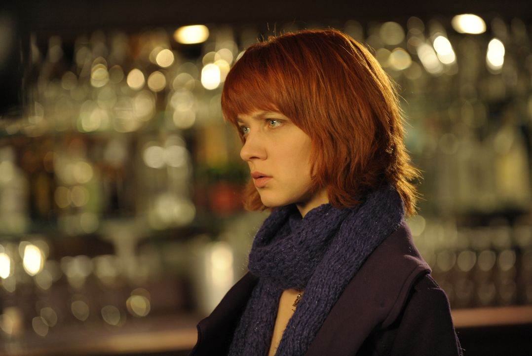 Um den Mörder einer jungen Frau zu finden, begibt sich Chloé (Odile Vuillemin) sogar selber in Lebensgefahr ... - Bildquelle: 2008 - Beaubourg Audiovisuel/BeFilms/RTBF (Télévision Belge)